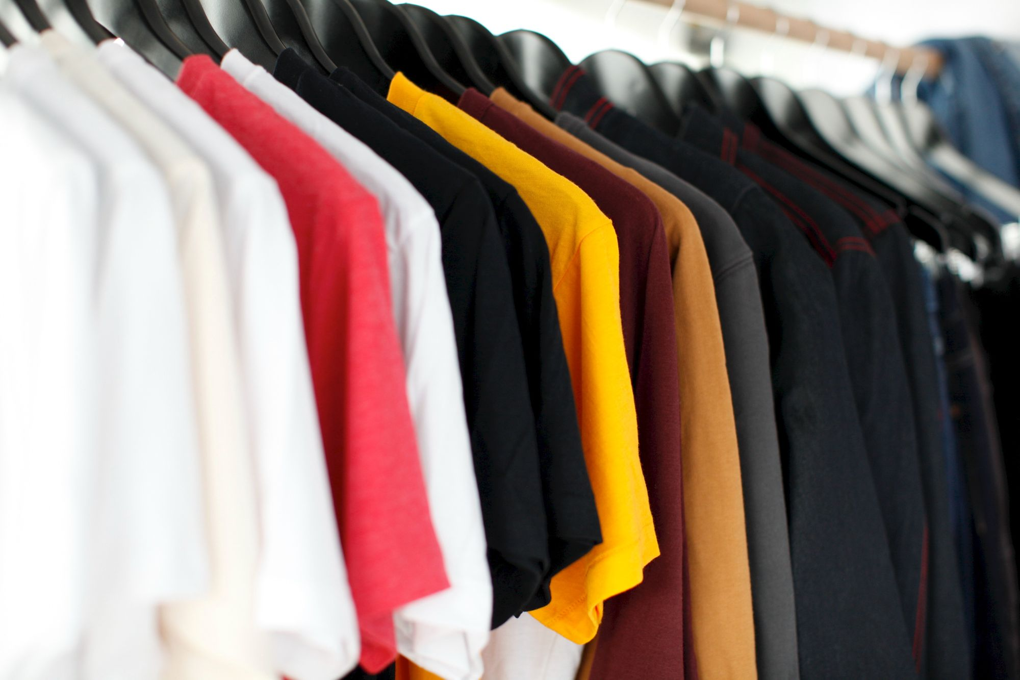 Understand the different kinds of t-shirts when it comes to screen printing